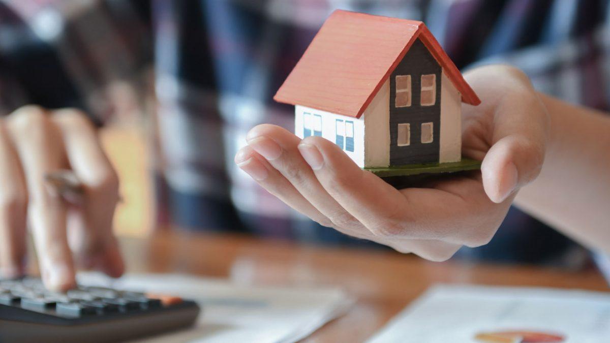 Asegura tu futuro financiero con en los bienes raíces y no morirás en el intento